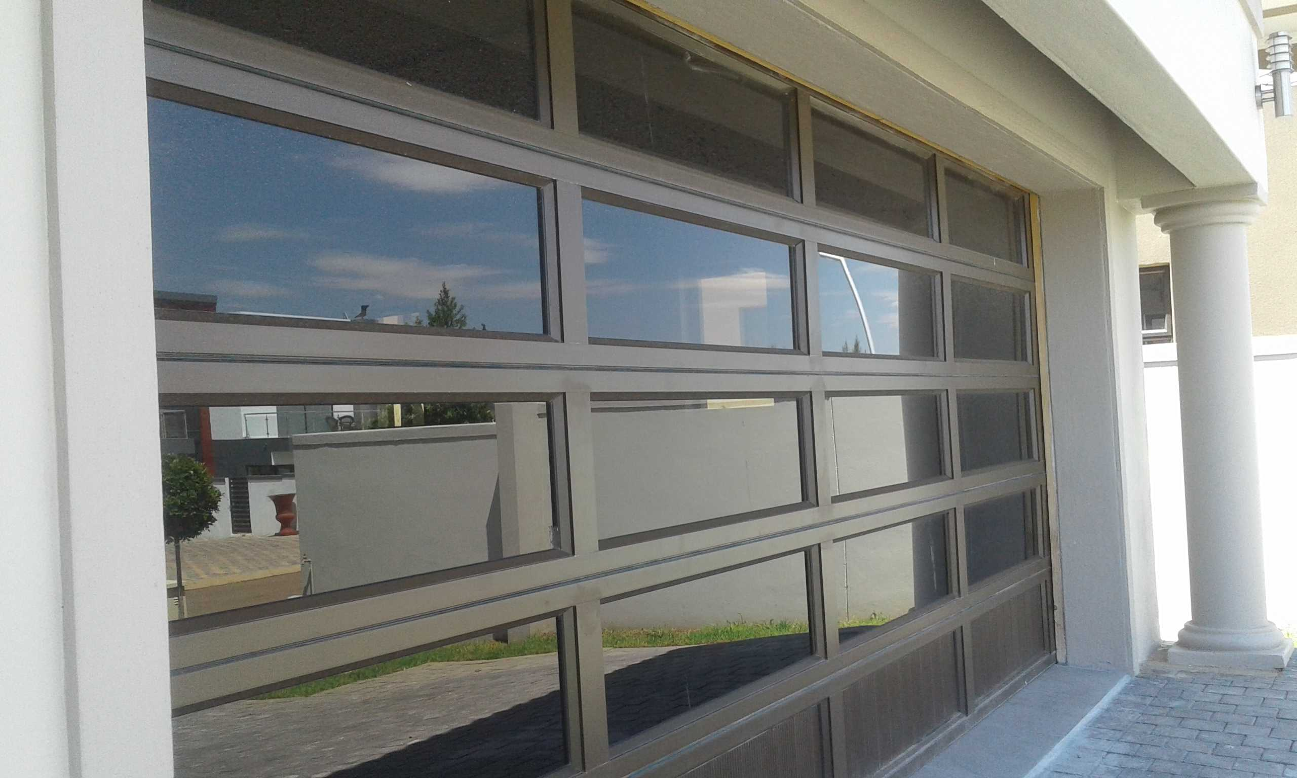 Aluminium doors pretoria aluminium windows and doors for Garage windows for sale